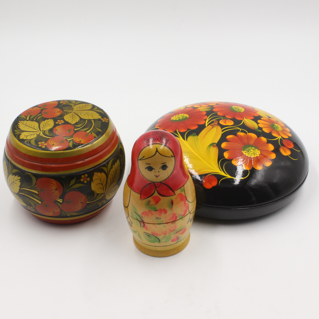 Goodlife Auctions Lot 1218 2 Russian Boxes And A